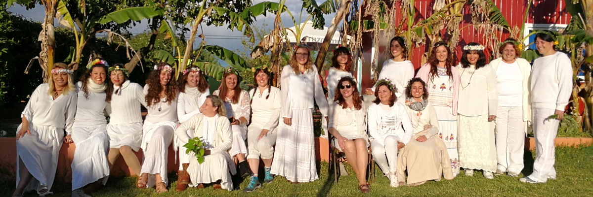 linaje femenino Feminidad Ancestral -